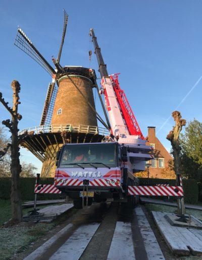 telekraan bij onderhoud molen
